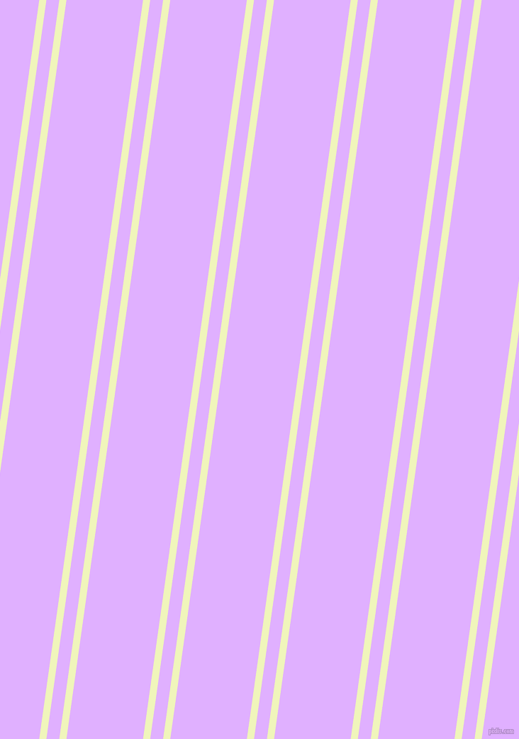 82 degree angle dual striped line, 10 pixel line width, 18 and 107 pixel line spacing, dual two line striped seamless tileable